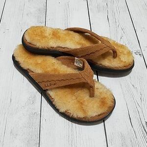 NWOT L.L.Bean Womens furry flip flop slippers
